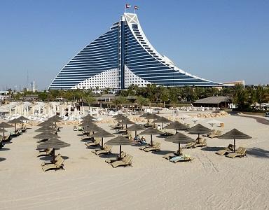 hôtel avec plage privée à Dubaï
